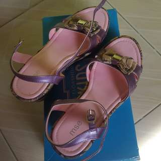 MSE Sandals