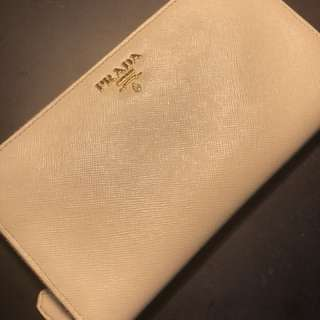 Prada wallet (authentic)