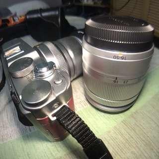 Fujifilm xa3 kitlens and 50mm f2 pink unit