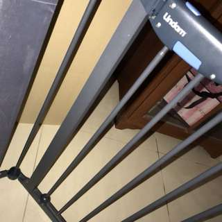lindam baby safety for stairs