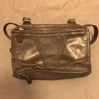 Givenchy pandora bag (small)