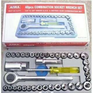 40 pcs socket wrench set