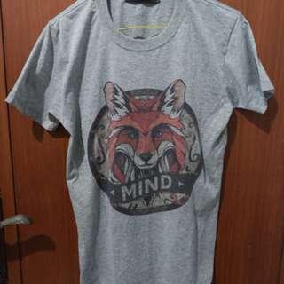 Baju kaos t-shirt pria