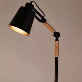 工業風桌燈