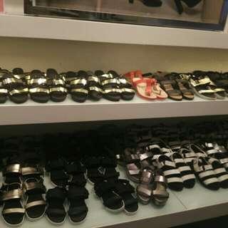 Sepatu sendal VNC