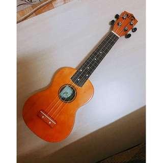 $500 樂器行購入 Mila 烏克麗麗 Ukelele 非玩具