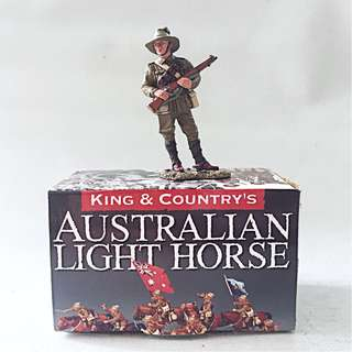 KING & COUNTRY AUSTRALIAN LIGHT HORSE Standing Lighthorseman AL021 ANZAC Retired