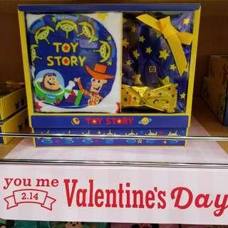 日本限定  Toy story 情人節朱古力+毛巾 禮盒