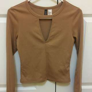 H&M V Cut Long Sleeve Size Small