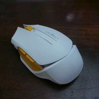 02006 James Donkey Model 102 Wireless Mouse