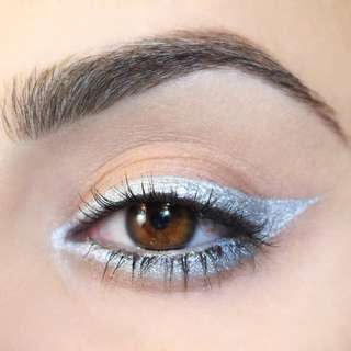 Colourpop Kicker Silver Liner