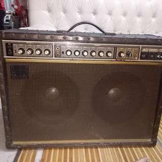 amp roland jc120