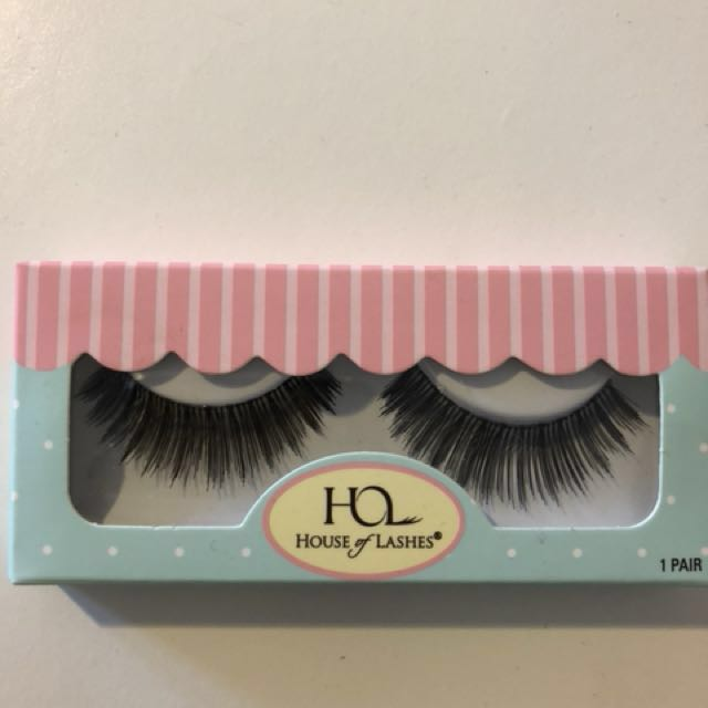 2 PAIRS OF HOUSE OF LASHES BOMBSHELL