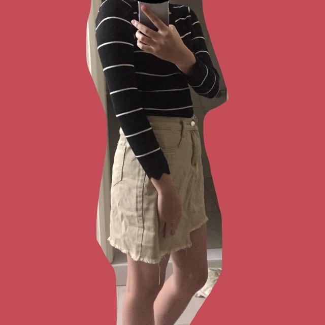花邊長袖線條上衣