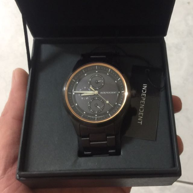星辰旗下獨立品牌 DEPENDENT 獨立硬派 KB1-244-53 月暈概念三眼日期腕錶 黑鋼 40mm