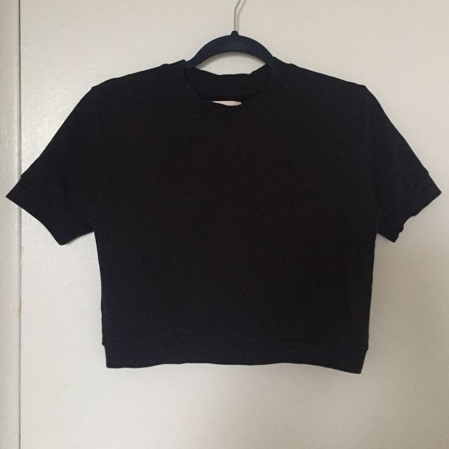 Aritzia thick black crop top
