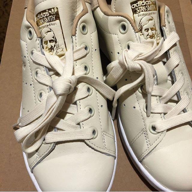 Authentic Adidas Stan Smith de nosotros, preloved Moda Mujer, zapatos