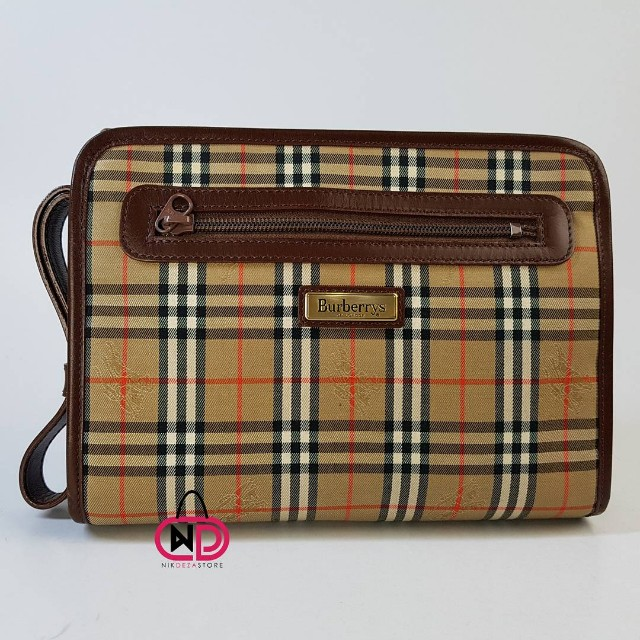 1e84d9fdf0ee ... Burberry Haymarket Nova Check Coated Canvas Small Bowling Bag Beige  Image Source · AUTHENTIC VINTAGE BURBERRYS OF LONDON CLUTCHBAG Barangan  Mewah Beg