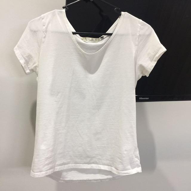 Basic White T shirt