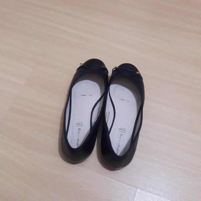 Black Flats Wide Fit