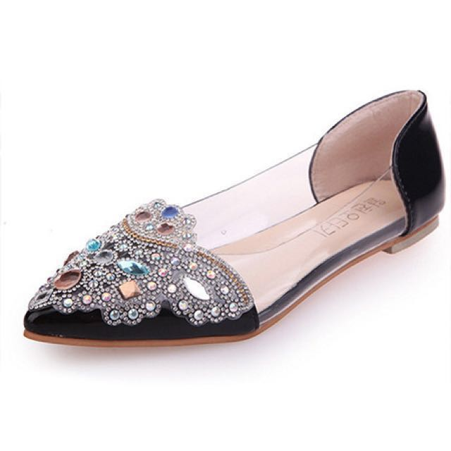 Black Leather Pointed Toe Flats from dress.ph