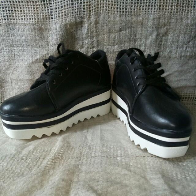 Black Stella McCartney Shoes (dupe)