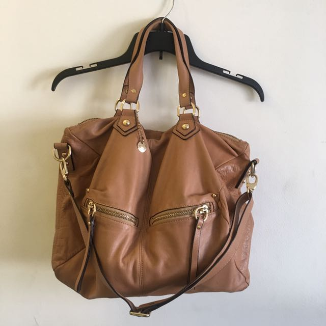 Chat Chat large leather bag 2 way