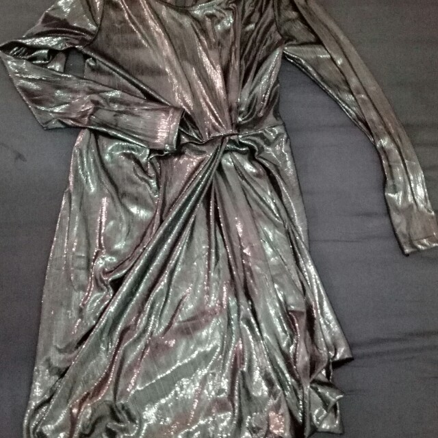 Dress metallic