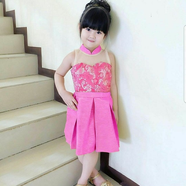 dress prety pinky girl kid