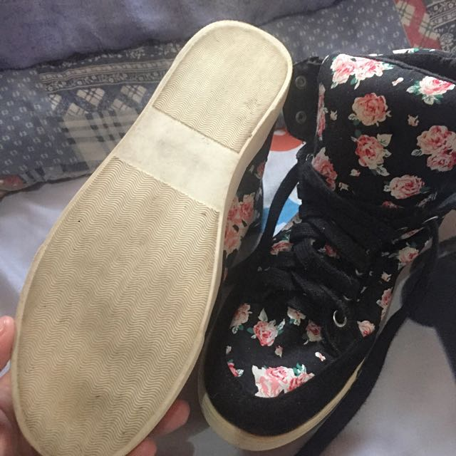 Forever21 high cut shoes