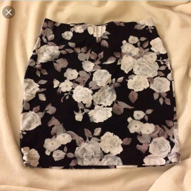 Forever 21 floral bodycon skirt