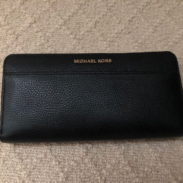 Genuine Micheal Kors New Mercer Logo Continental Wallet