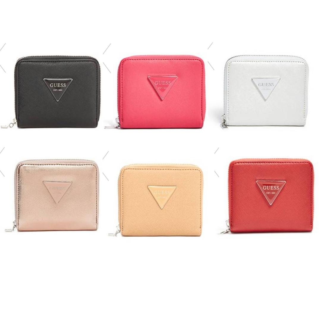 Guess logo 防刮皮短夾 零錢包