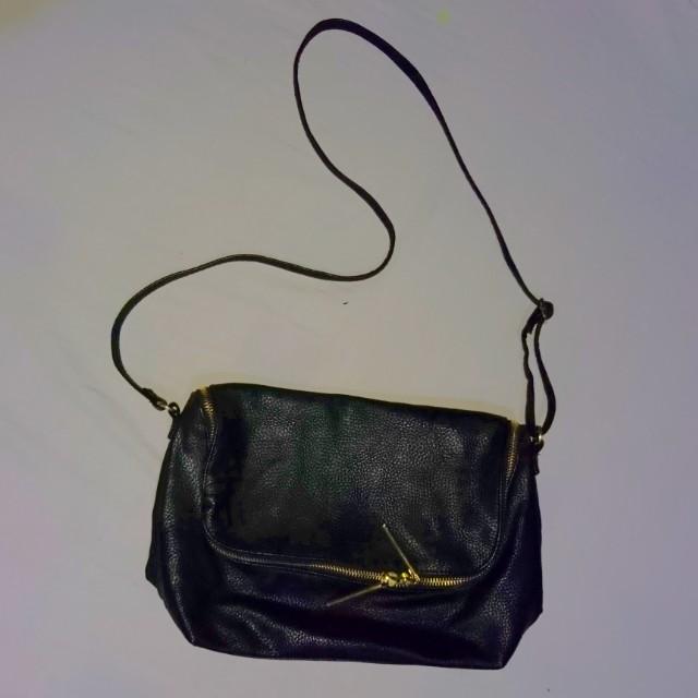 H&M shoulder/sling bag