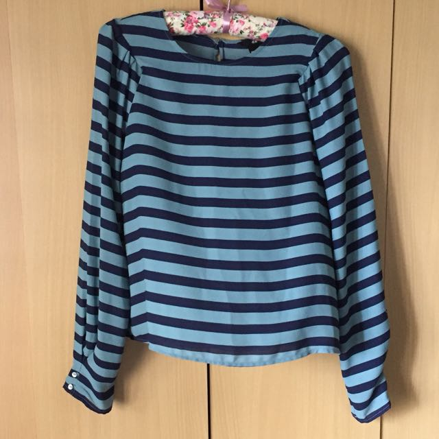 H&M Striped top puffy long sleeves