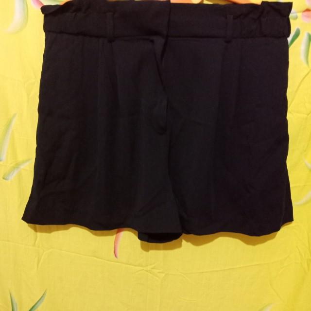 HnM Black Shorts