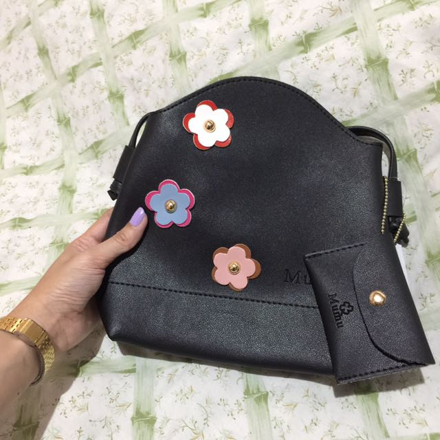 🍭Korean Flower Sling Bag (FREE SHIPPING WITHIN MM)🍭