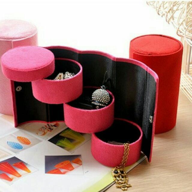 Kotak Perhiasan (Jewelry Storage)
