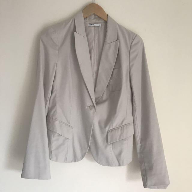 Lefties coat
