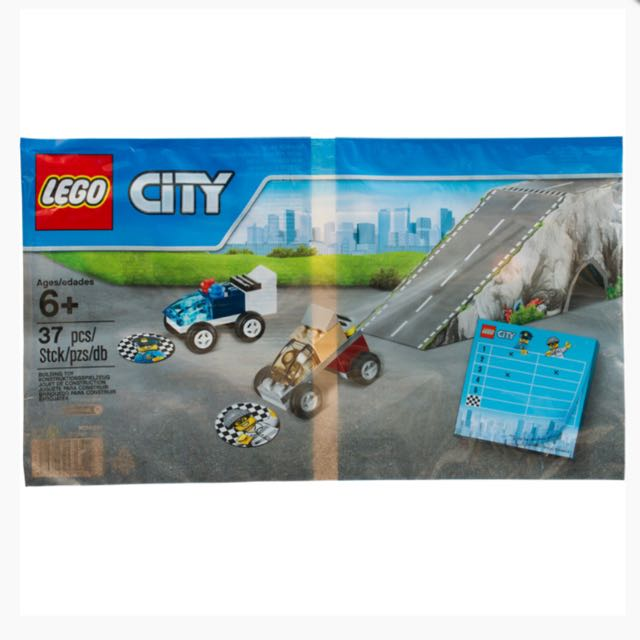 Lego City Police Chase 5004404 Toys Games Bricks Figurines