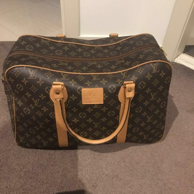 Louis Vuitton weekend bag new