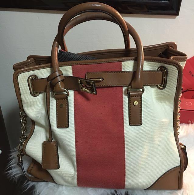 f62c4d2409e5 Michael Kors Genuine Leather Trim Canvas Tote, Women's Fashion, Bags ...