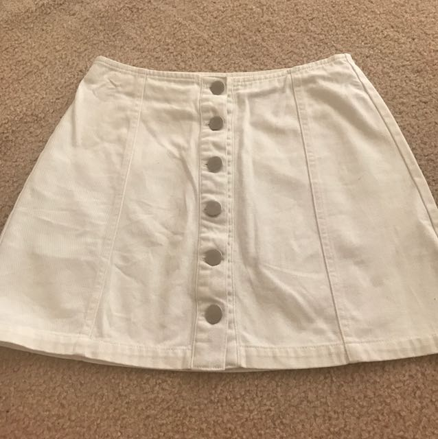 Pare-Basic White Denim Skirt