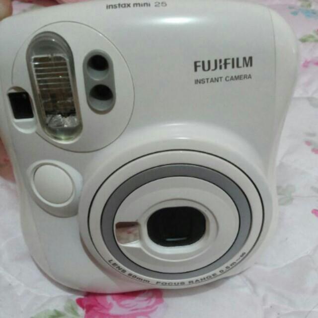 Polaroid 25s