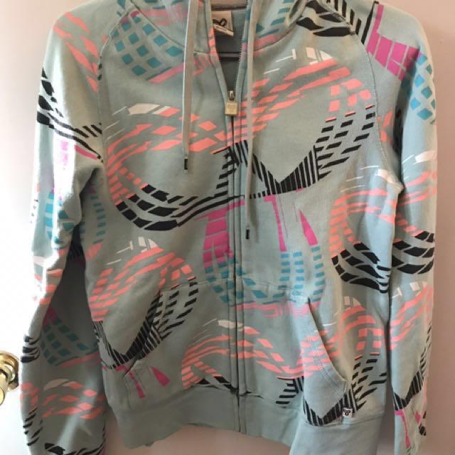REDUCED PRICE Aritzia TNA Sweater Size M