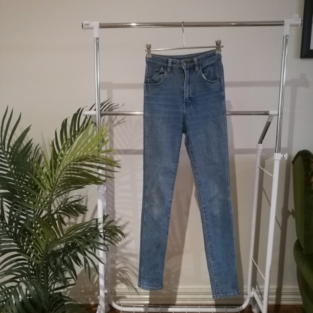 Rolla's High Rise Skinny Jeans, Size 6