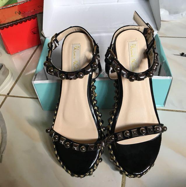 Sepatu nine west like c.louboutin