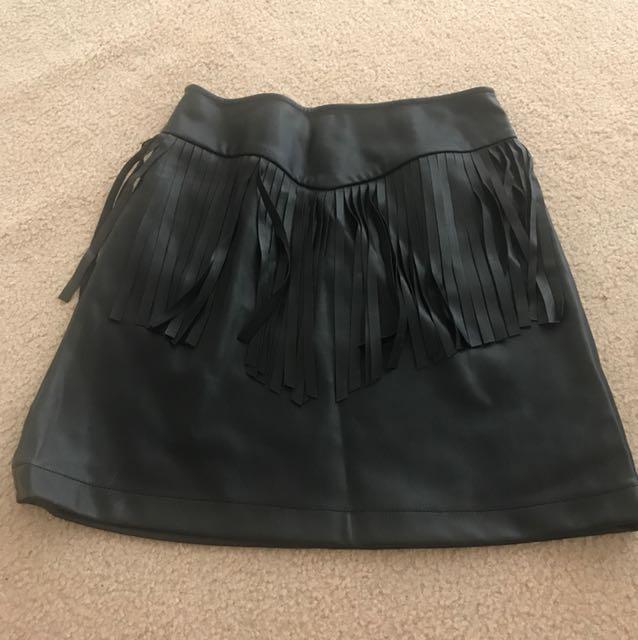 Sportsgirl black skirt