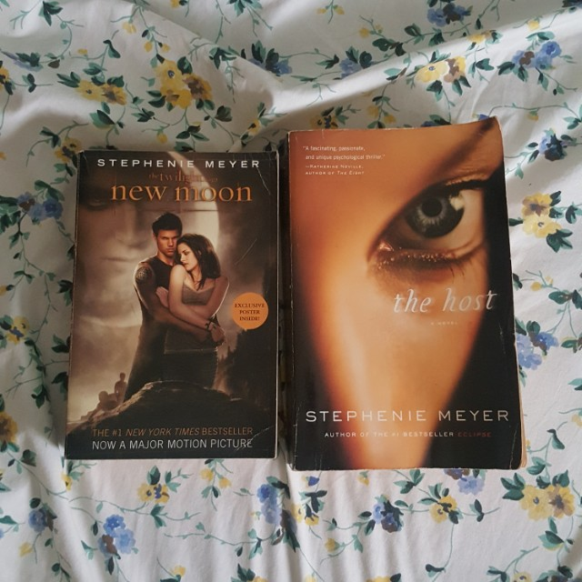 Stephenie Meyer New Moon and The Host
