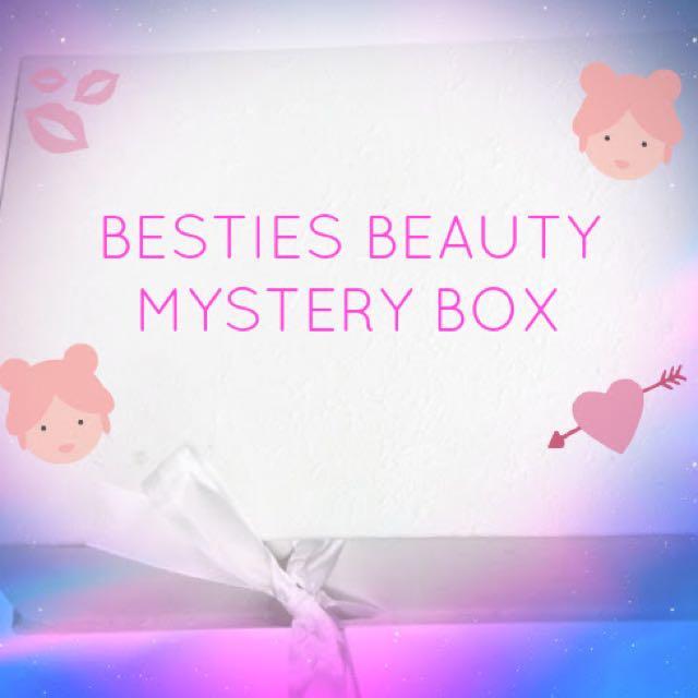 """""""THE BESTIES"""" BEAUTY MYSTERY BOX"""